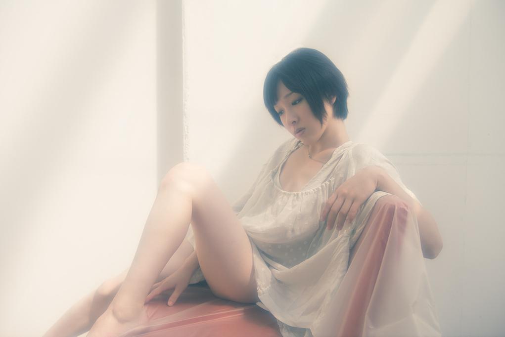 亚洲人体�9��yf�x�_shuji kobayashi来自东京,专业拍摄少女私房,亚洲人的脸型及身体轮廓