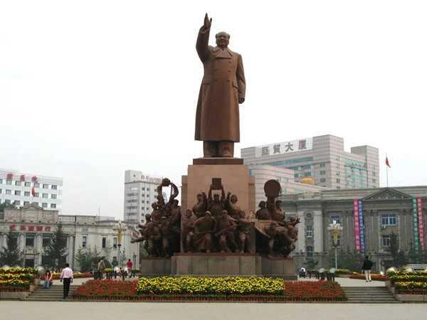 沈阳中山广场