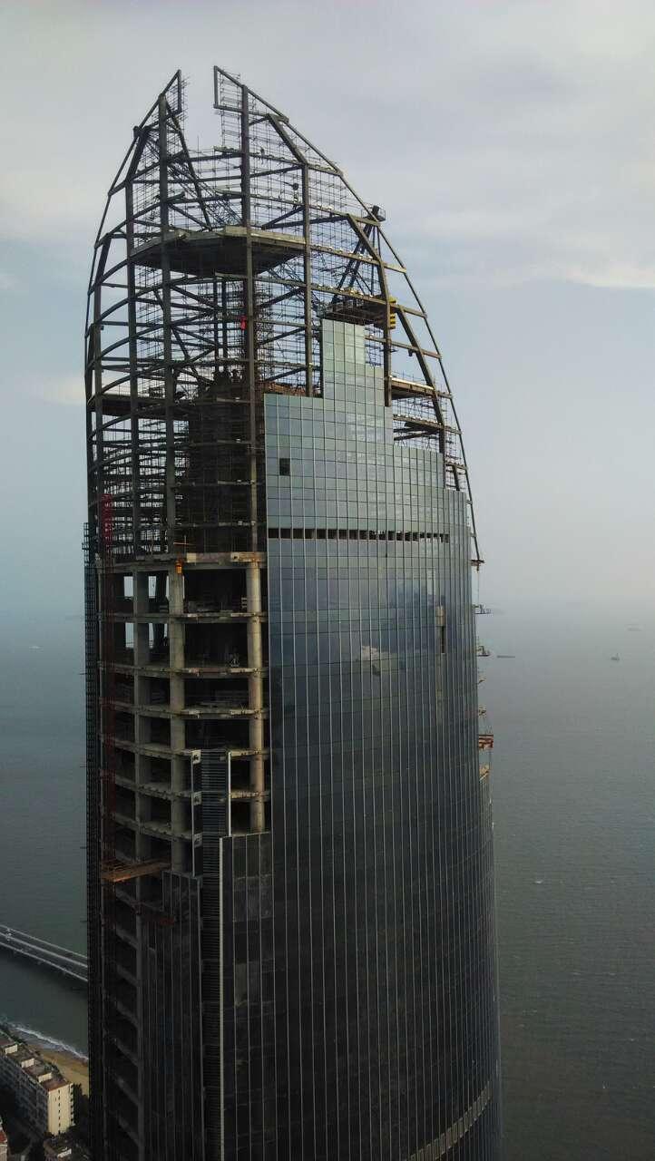 世茂海峡大厦,未完工